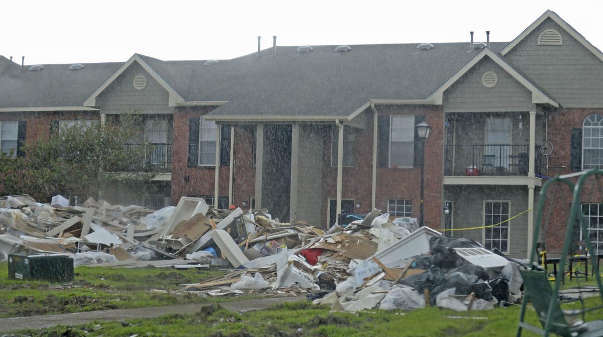 BR.upstairsneighbors.091016 HS 042.JPG
