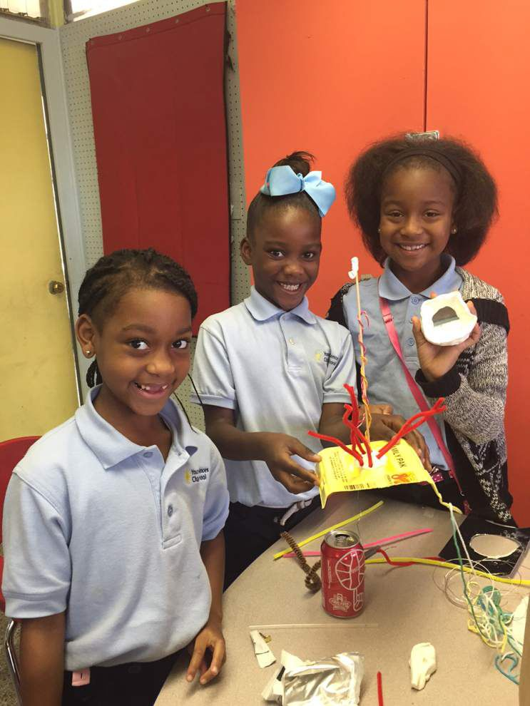 Young Audiences Charter School second-graders tackle design challenge _lowres