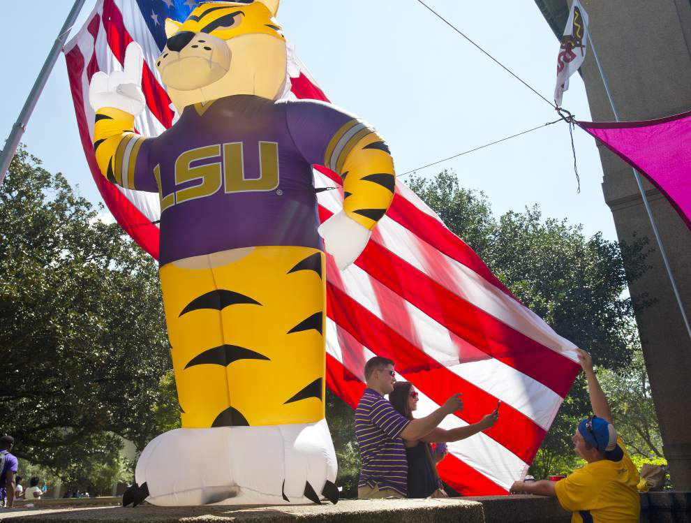 Photos: LSU fans keep it cool, breezy before the game, Tigers turn on the heat in Tiger Stadium _lowres