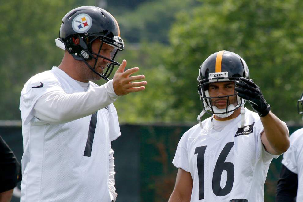 Lance Moore catching on with Steelers; Falcons adjust without Weatherspoon _lowres