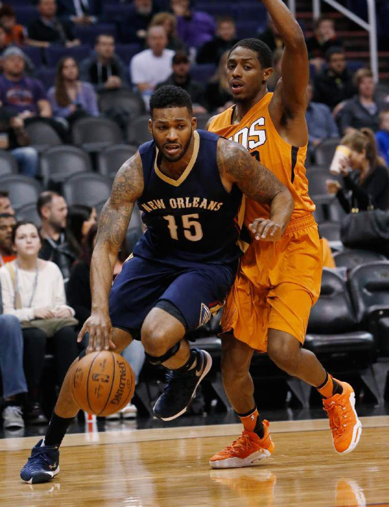 Pelicans fall 104-88 at Phoenix to drop to 1-3 on road trip _lowres