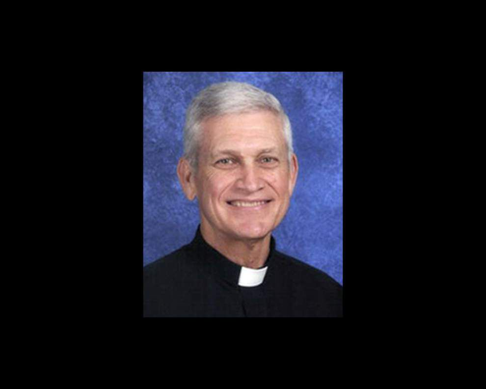 Group builds pedophile case against Lafayette priest _lowres