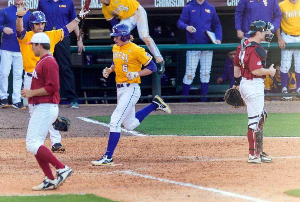 'Apply pressure': Aggressive base-running pays off in LSU's win over Alabama _lowres