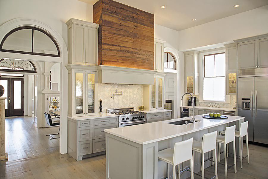 Three light, bright and beautiful New Orleans kitchens | Cue ...