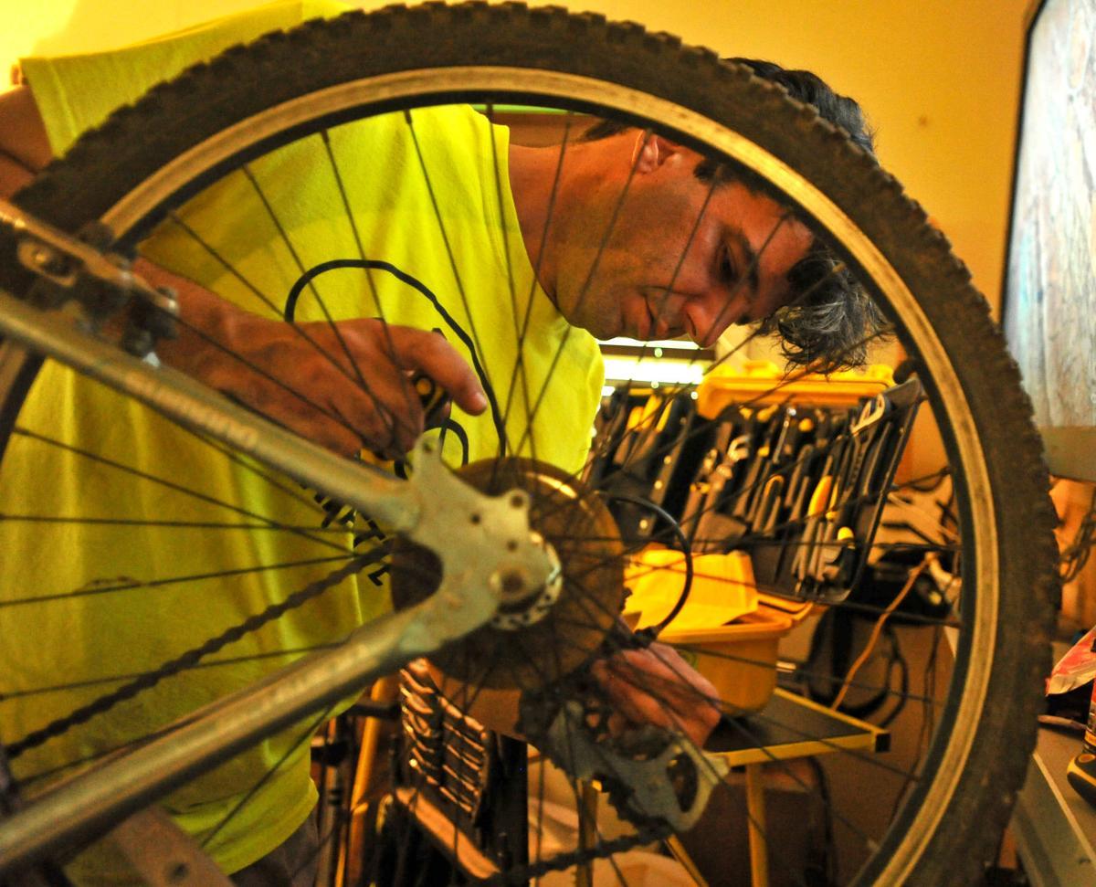 ACA.bikekitchen009.adv.jpg