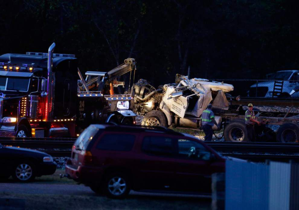 Report: Amtrak train carrying LSU fans hits truck, kills driver Friday afternoon _lowres