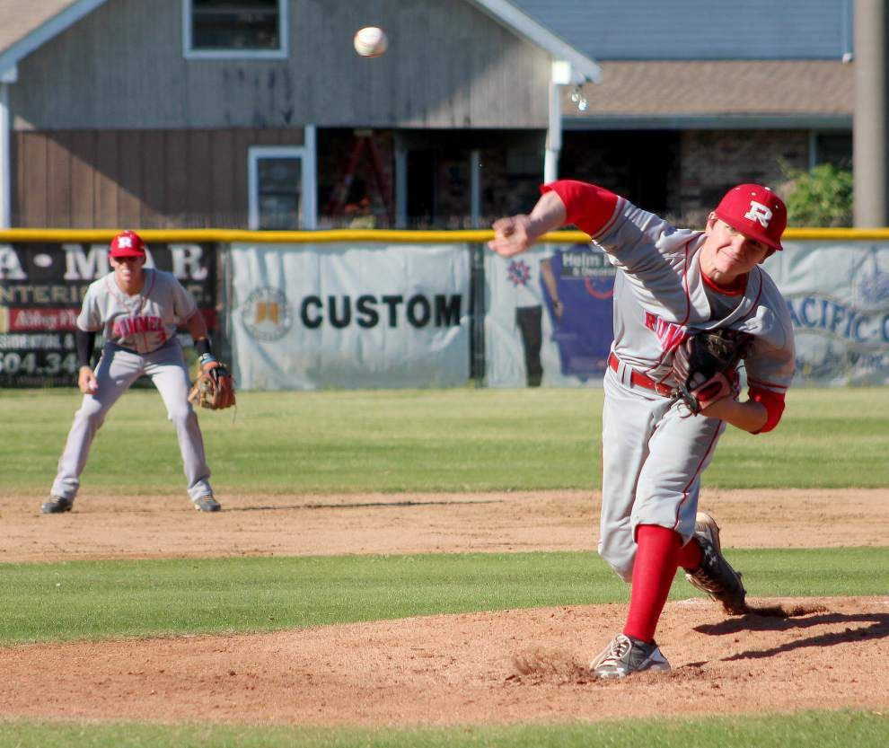 Rummel scores seven in seventh to stun Holy Cross _lowres