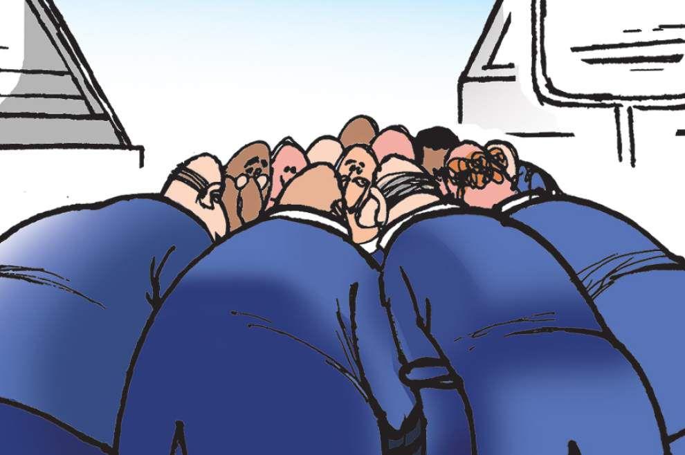 Walt Handelsman: Huddle up _lowres