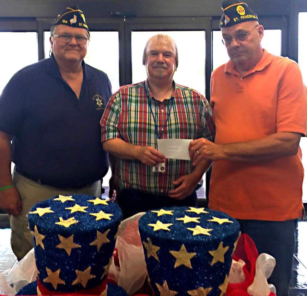 American Legion donates to veterans home _lowres