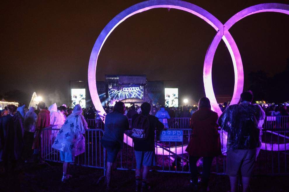 Photos: Rainfall doesn't spook away Voodoo Music Experience crowds _lowres
