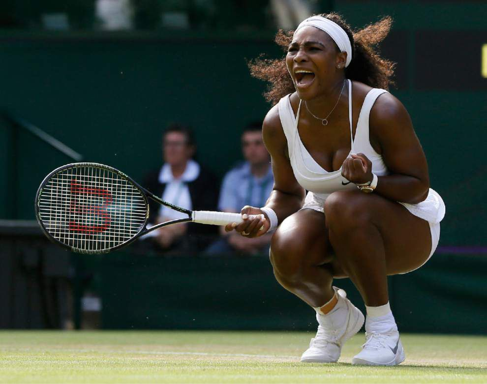 Serena Williams survives close call in third round; next up is sister Venus _lowres