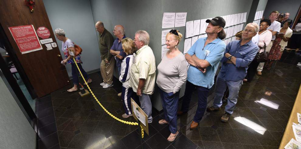 Long lines greet voters trying to vote early in Baton Rouge _lowres