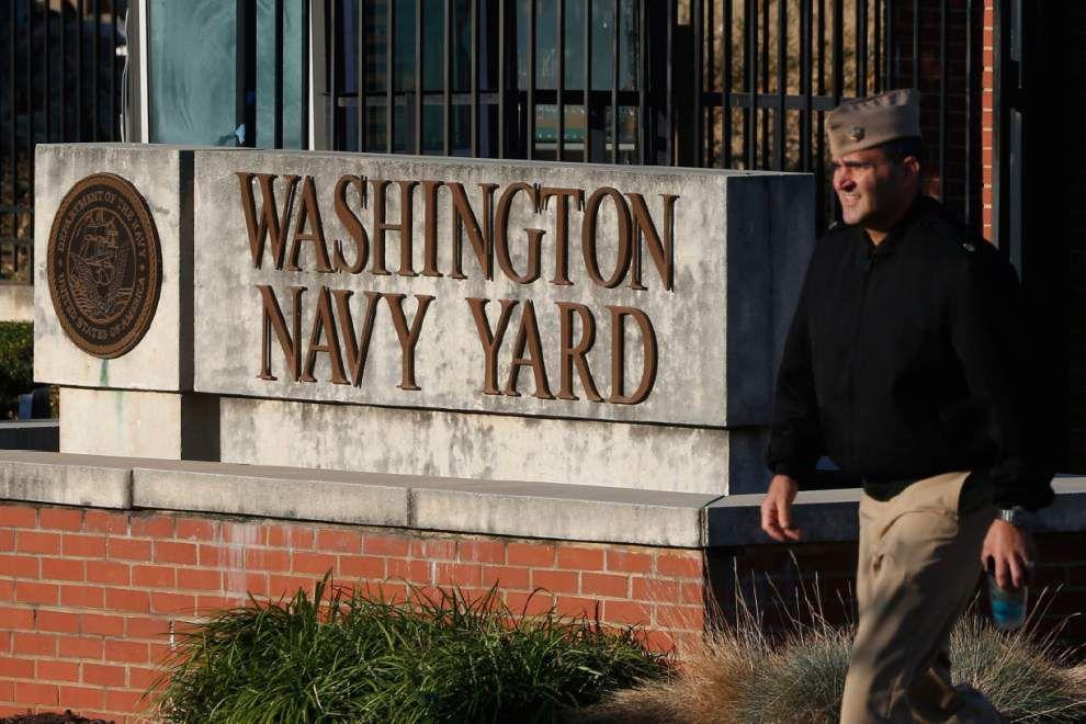 The Latest: Officials say no shots fired at Washington Navy Yard, despite reports _lowres