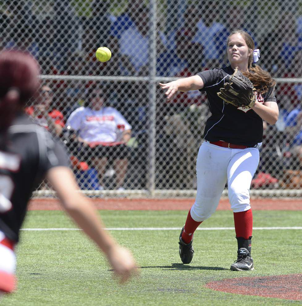John Curtis softball team rolls into Class 3A title game _lowres
