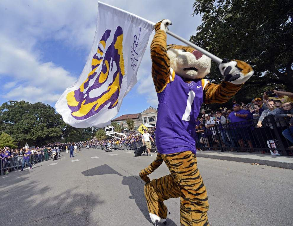 LSU 44, Eastern Michigan 22: Scott Rabalais says the Tigers aren't as good as they think they are in his Three and Out _lowres
