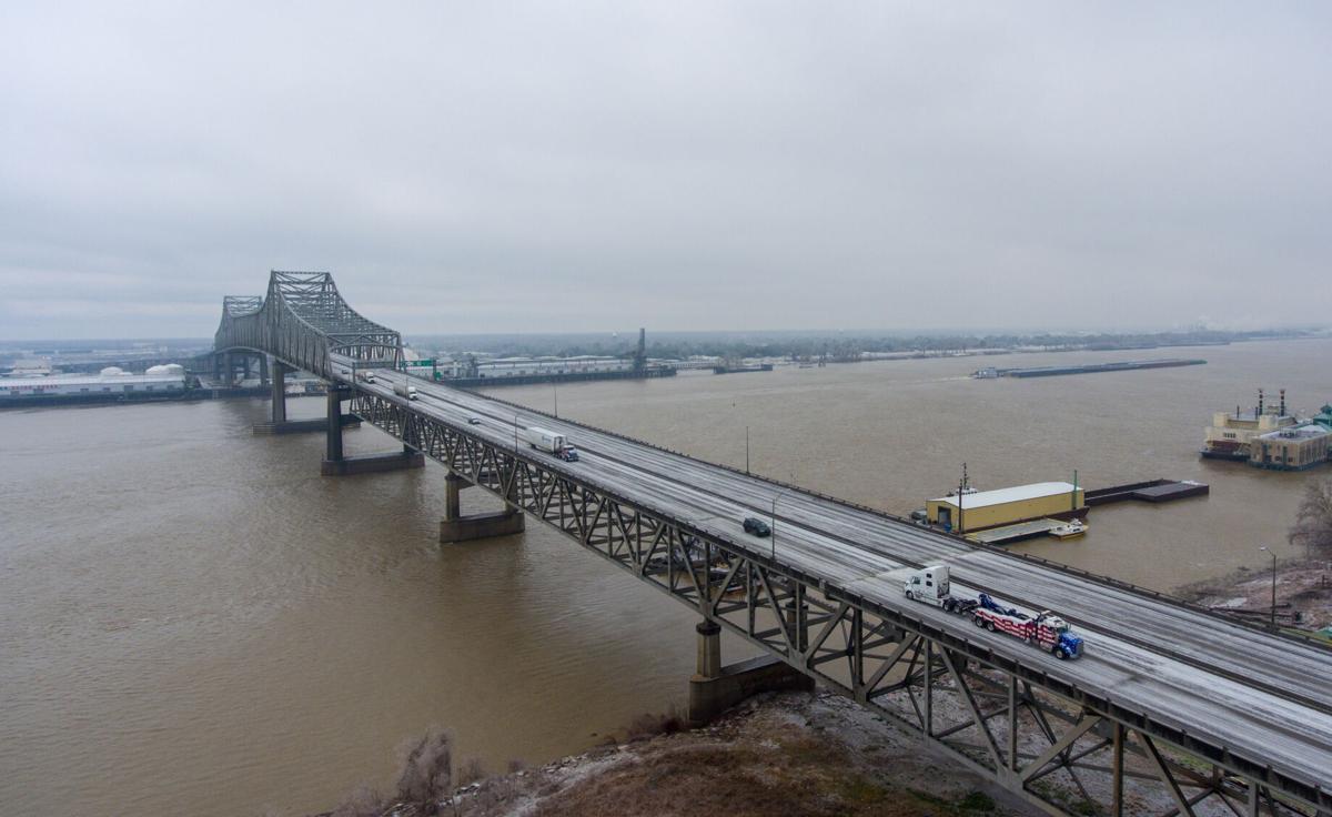 Bridge traffic.jpg