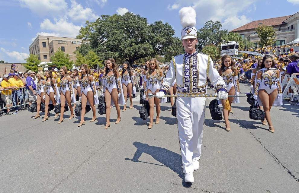 Stay tuned: LSU revisits opposing-band policy, may lift it by season opener with colleges watching closely _lowres