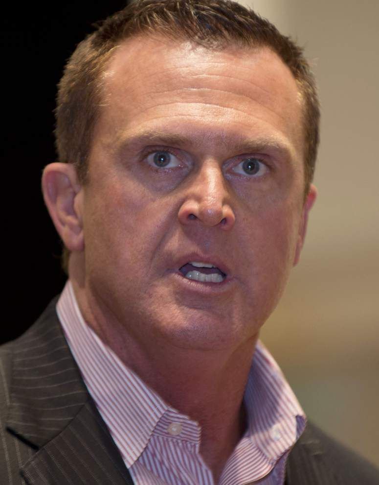 Louisiana-Lafayette's Mark Hudspeth brings message to prep coaches _lowres