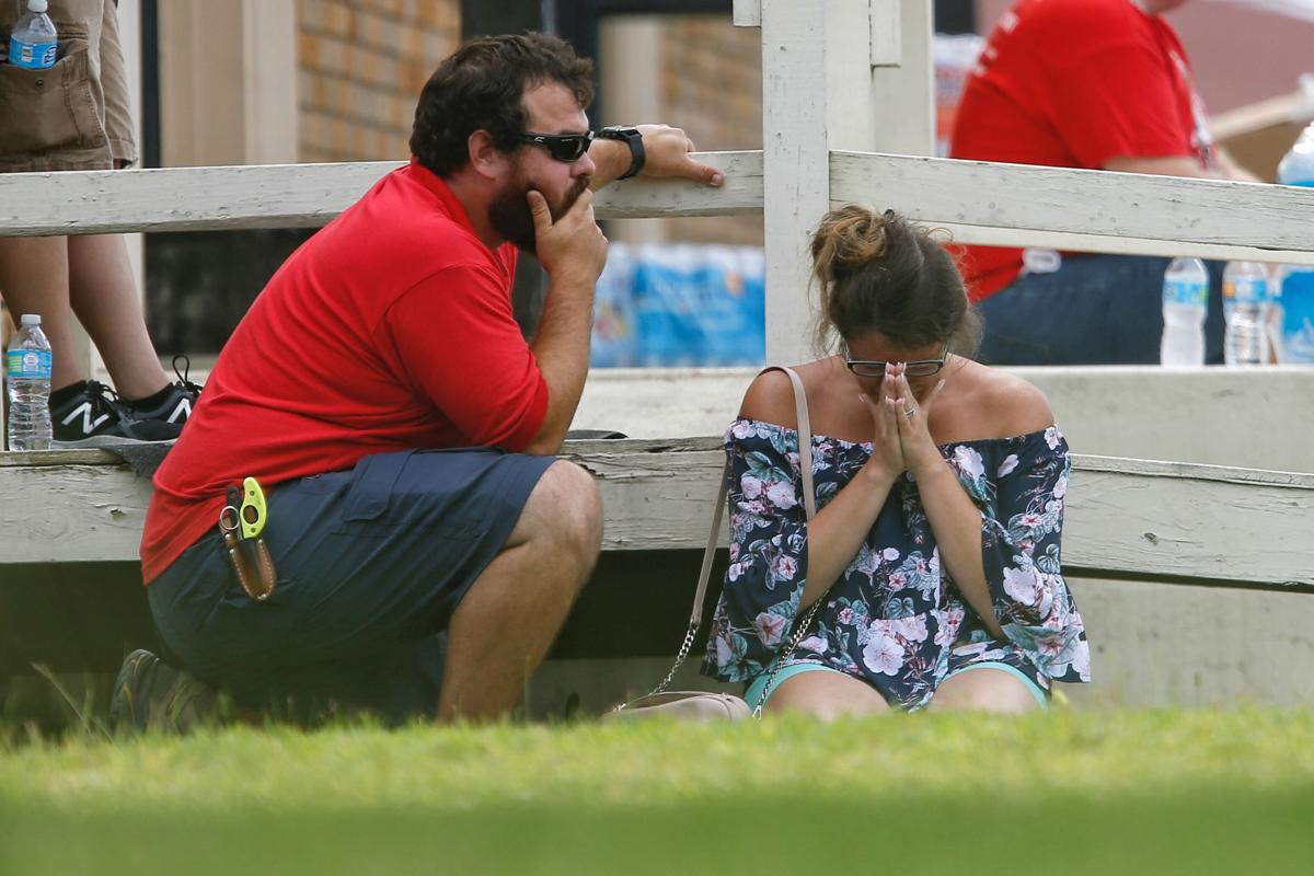 APTOPIX School Shooting Texas