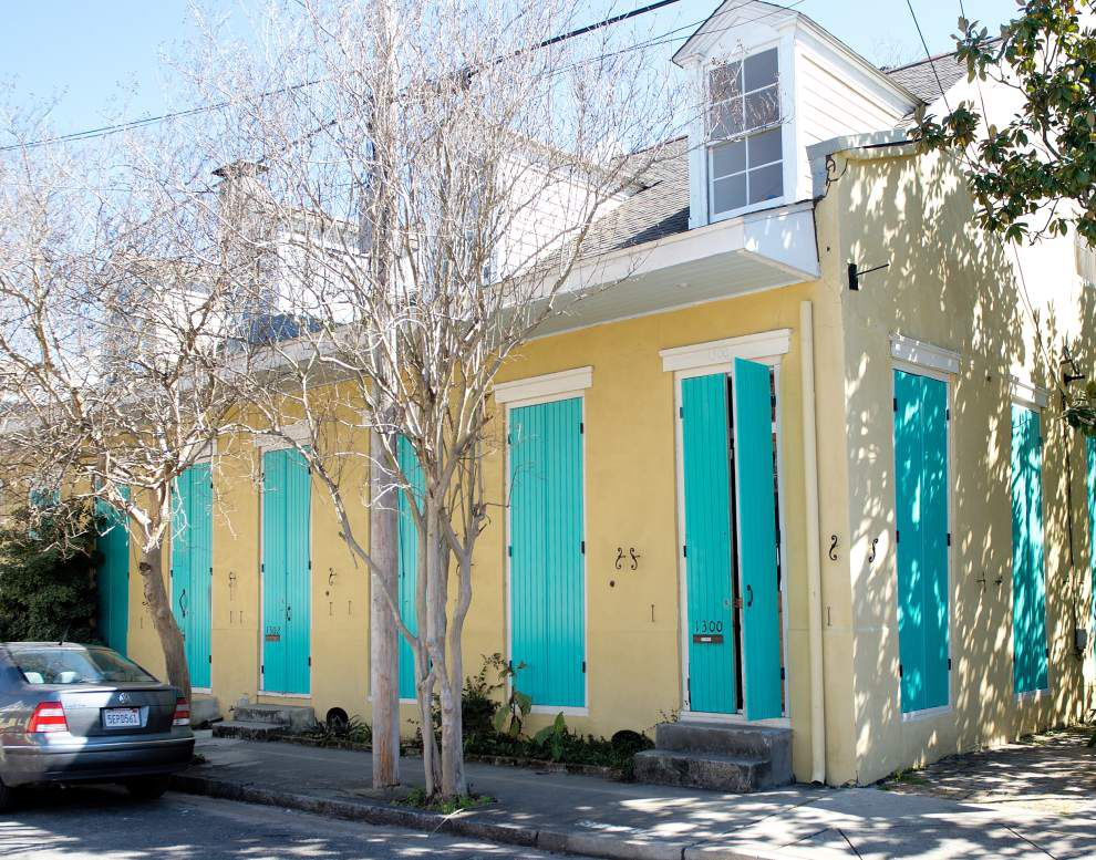 Author Lolis Eric Elie learned the hard way 'How NOT to Renovate a Creole Cottage' _lowres