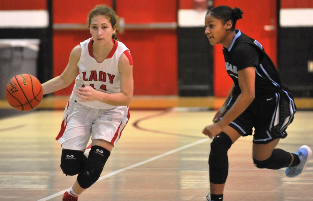 Fontainebleau-Zachary Girls Basketball Picture
