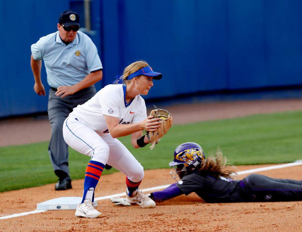 No. 1 Florida slips past No. 3 LSU 4-3 in SEC softball showdown _lowres