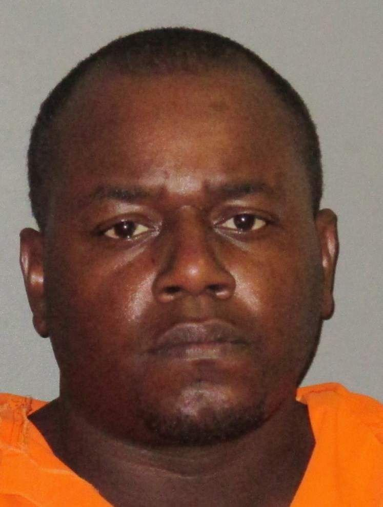 Report: Baton Rouge man leads police on high-speed chase on I-110 that ends at Krispy Kreme _lowres