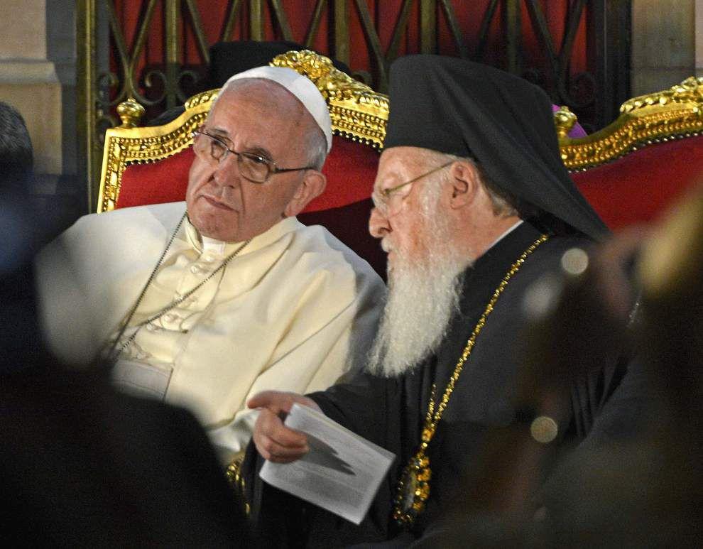 Pope invites leaders of Palestine, Israel to Vatican _lowres