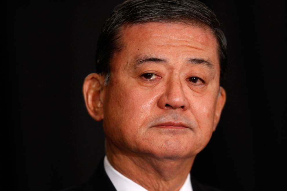 Obama plans 'serious conversation' with Shinseki _lowres