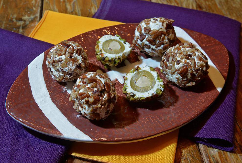 Olive-Stuffed Goat Cheese Bites _lowres
