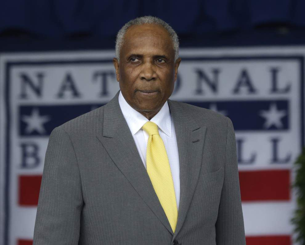 Robinson's message to youth: Focus on an education, baseball's a bonus _lowres
