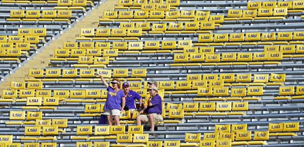Rabalais: Leonard Fournette's jersey gesture shows he's brilliant off the field, too _lowres