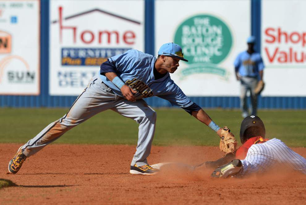 A sparkling diamond: Troy Lewis' infield shift has helped lead to a Southern winning streak _lowres