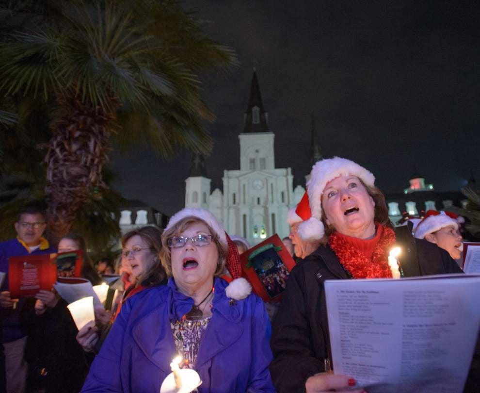 Christmas Caroling in Jackson Square _lowres