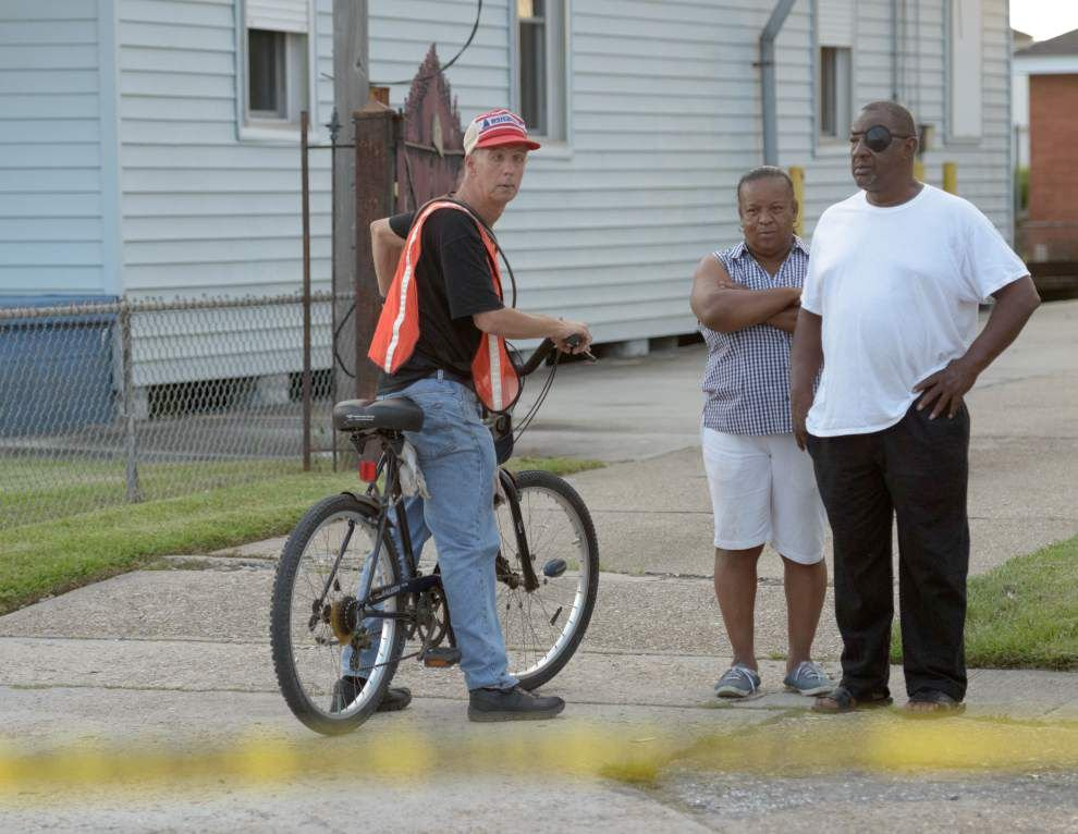 Gretna police officer, two others shot _lowres