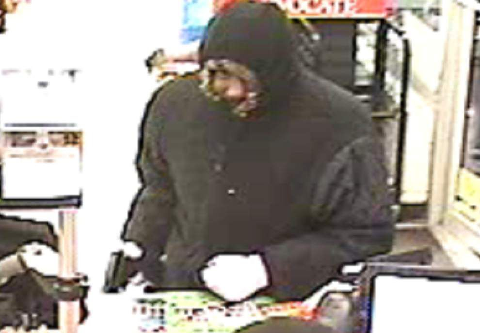 Store on Jefferson Highway robbed by man armed with a pistol Thursday, Sheriff's Office reports _lowres