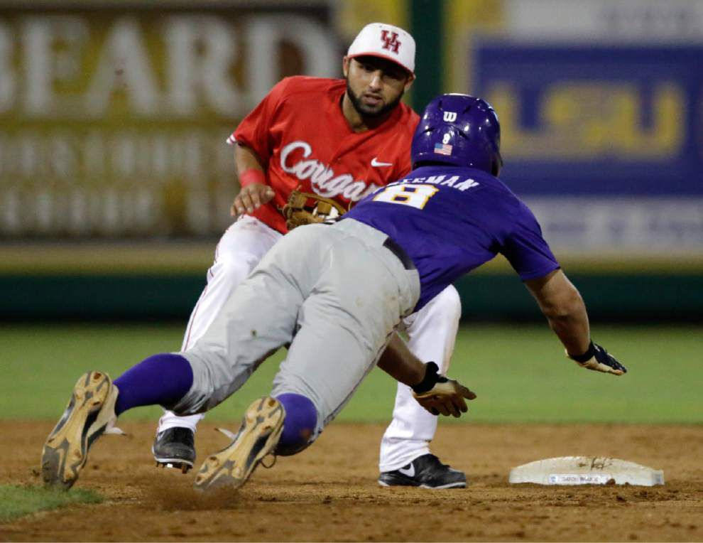 LSU baseball pregame: Tigers vs. Houston in the Baton Rouge regional _lowres