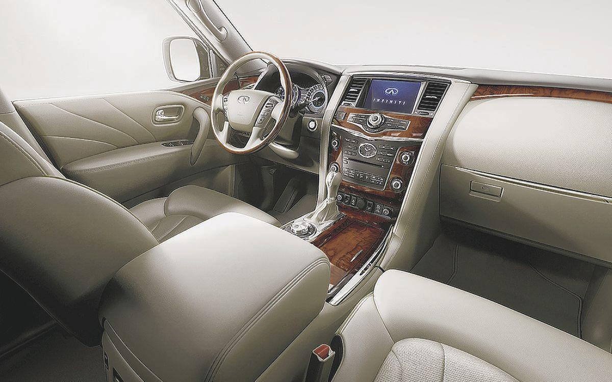 2017 Infiniti QX80 AWD Limited - Interior