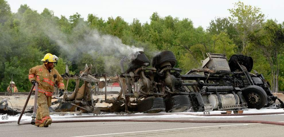 Photos: Tanker truck fire _lowres