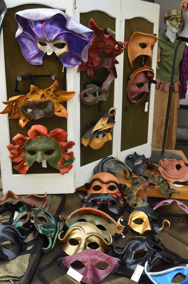 Mardi Gras Mask Market runs Friday-Monday _lowres