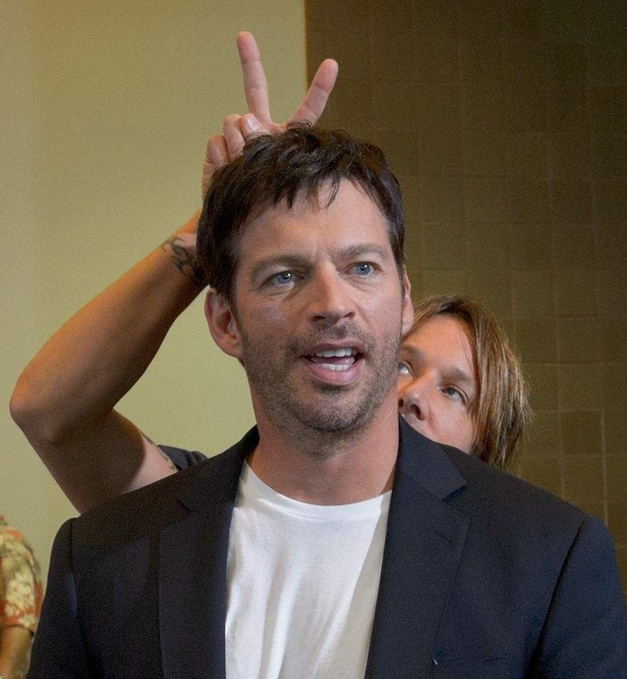Harry Connick Jr., J-Lo get first look at 'Idol' hopefuls in N.O. _lowres