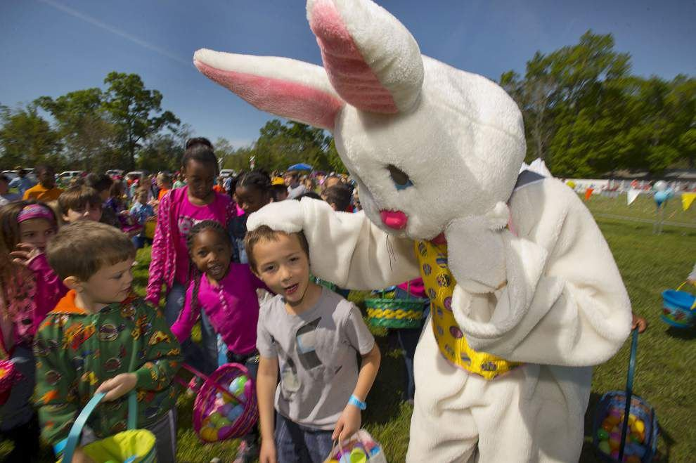 Household of Faith Church hosts Easter Egg Drop _lowres