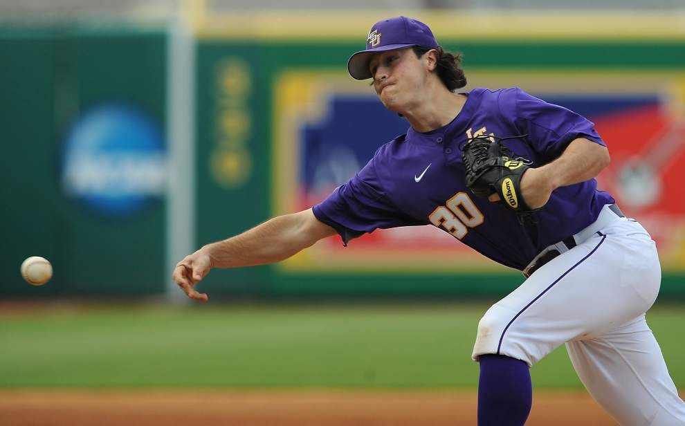 LSU baseball notes: After hand surgery Cody Ducote's now hitting off a tee _lowres