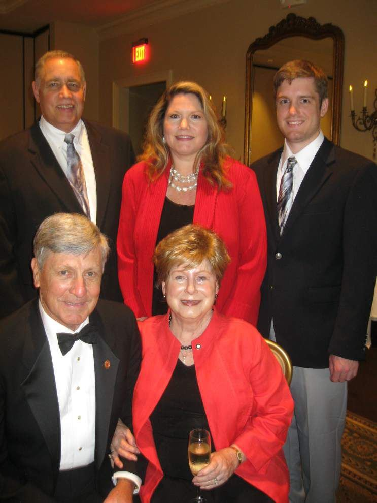 Metairie Rotary Club installs officers _lowres
