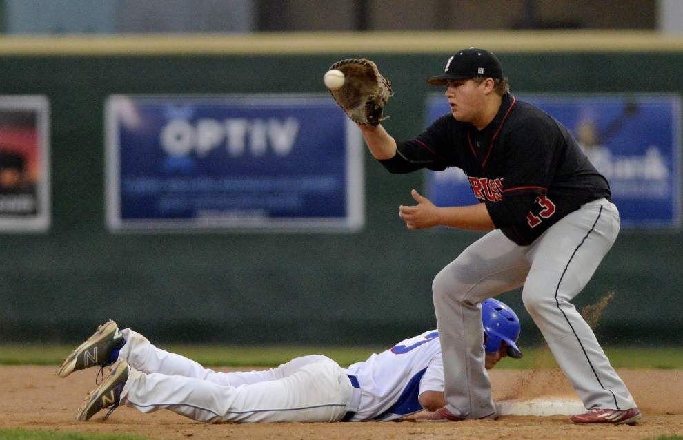 Brusly baseball team reaches 30-win mark, clinches share of District 6-3A title with win over Parkview Baptist _lowres