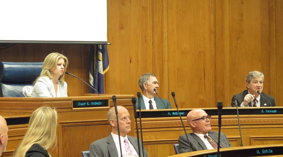 Tobacco board votes 12-1 to sell remainder of cigarette settlement _lowres