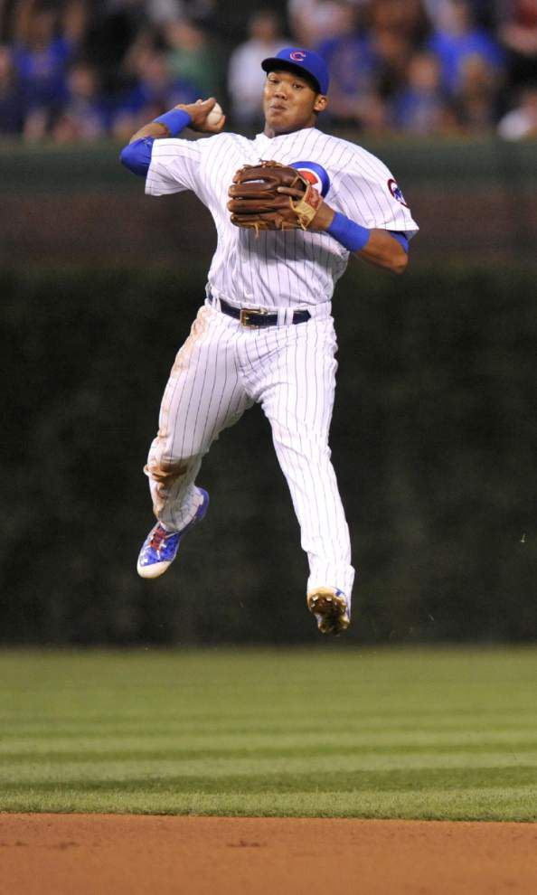 Cubs' Addison Russell making smooth transition to second base _lowres