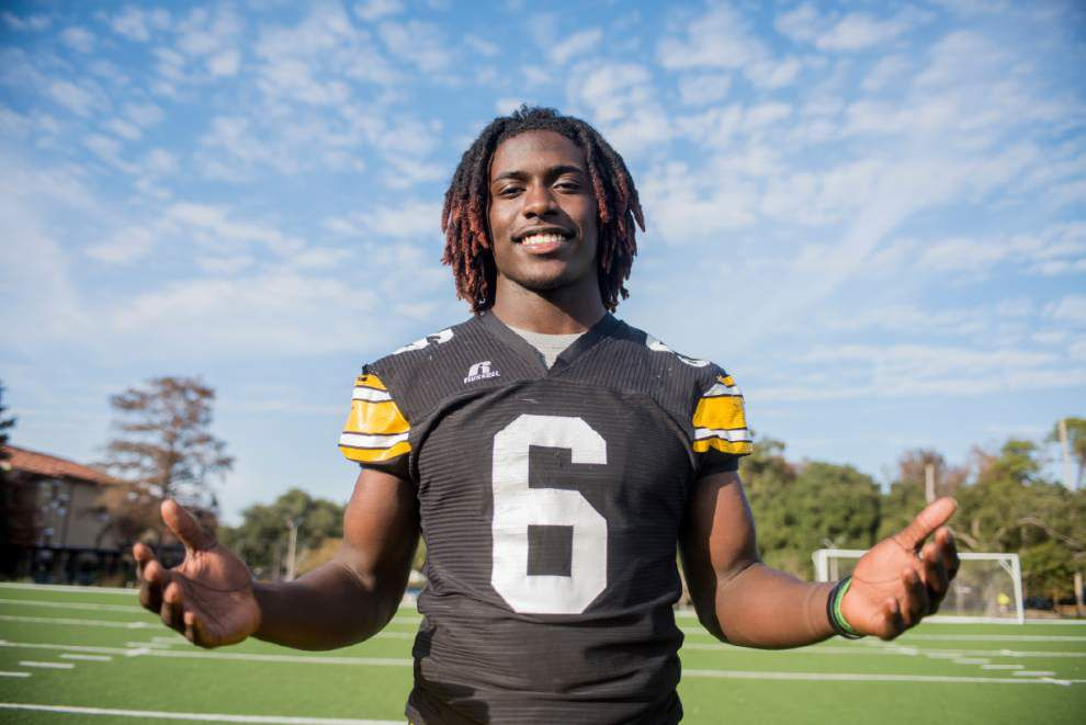 Rivals.com doesn't think U-High and LSU prospect Dylan Moses is the top football prospect for 2017; but he's very close _lowres