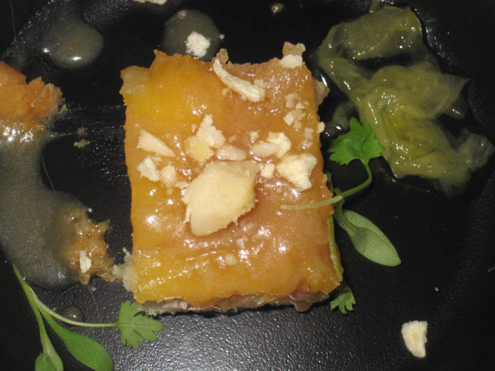 Macadamia Nut Pineapple Up-Side Down Cake _lowres
