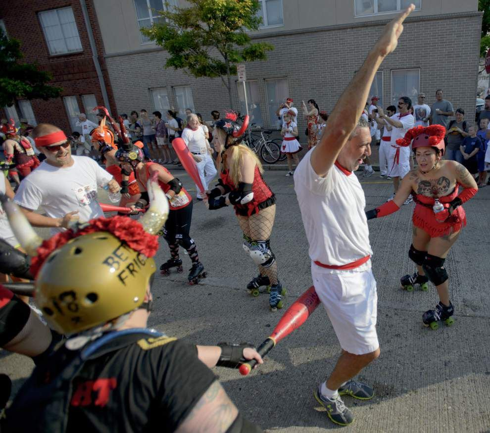 Facing the Rollergirls at New Orleans' Running of the Bulls _lowres